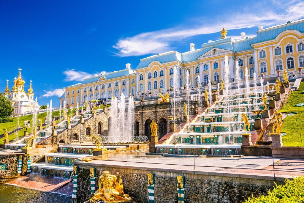 Фотография фонтана Большой каскад в Петергофе