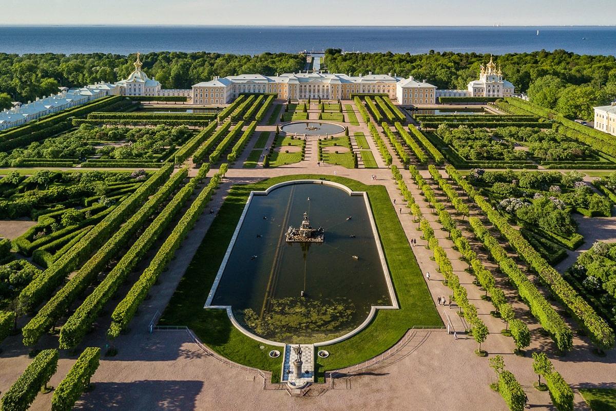 Парки и сады Петергофа
